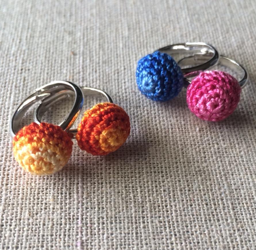 刺繍糸の指輪