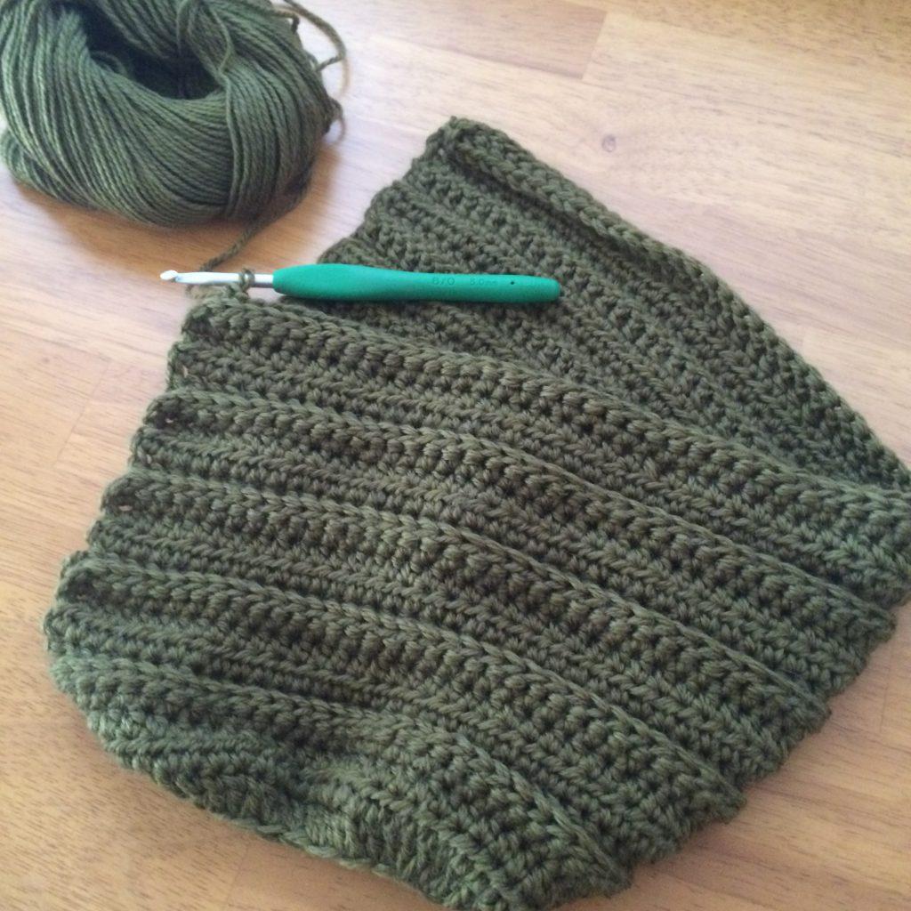 平らに編む編み地